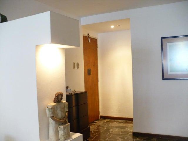 Apartamento Distrito Metropolitano>Caracas>El Marques - Venta:60.000 US Dollar - codigo: 17-13958