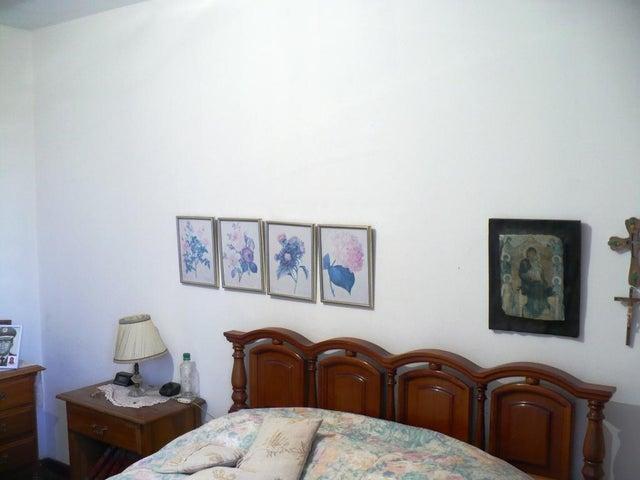 Apartamento Distrito Metropolitano>Caracas>El Marques - Venta:80.000 US Dollar - codigo: 17-13958