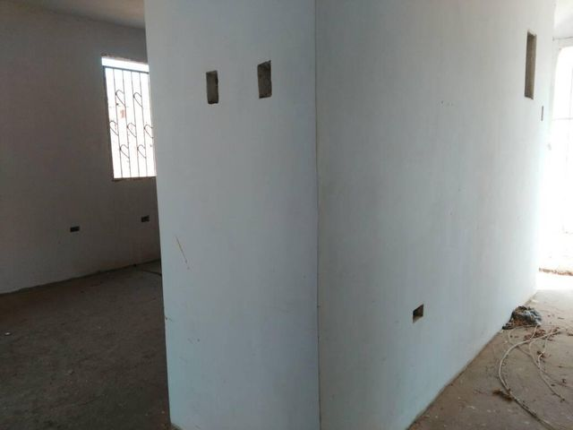 Townhouse Zulia>Maracaibo>Circunvalacion Uno - Venta:400.000.000 Bolivares - codigo: 17-13334