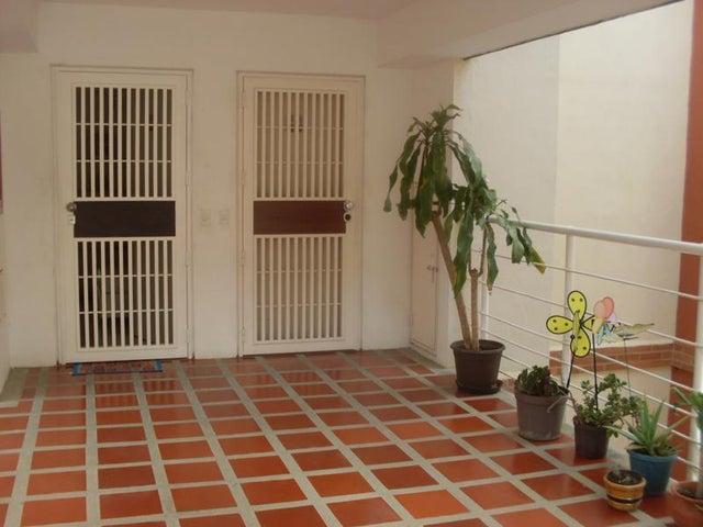 Apartamento Distrito Metropolitano>Caracas>Miravila - Venta:21.300 US Dollar - codigo: 17-13800