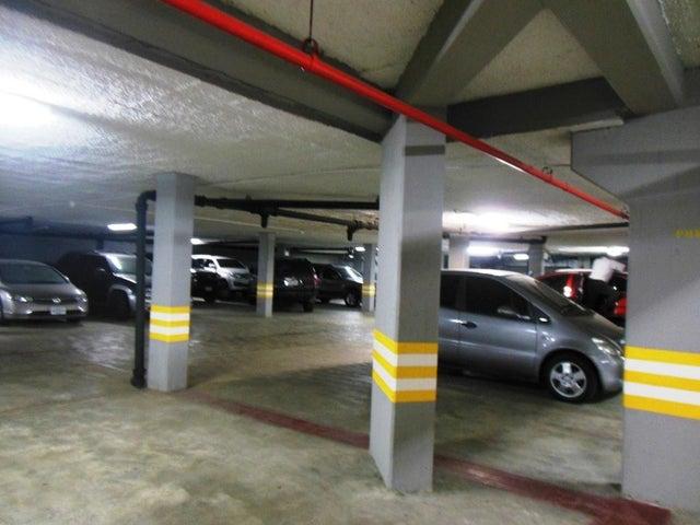Apartamento Distrito Metropolitano>Caracas>La Castellana - Venta:690.000 Precio Referencial - codigo: 17-13857
