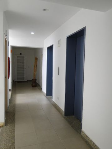 Apartamento Distrito Metropolitano>Caracas>Lomas del Sol - Venta:220.000 US Dollar - codigo: 17-13855