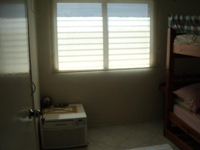 Apartamento Miranda>Higuerote>La Costanera - Venta:7.939.000.000 Precio Referencial - codigo: 17-13915