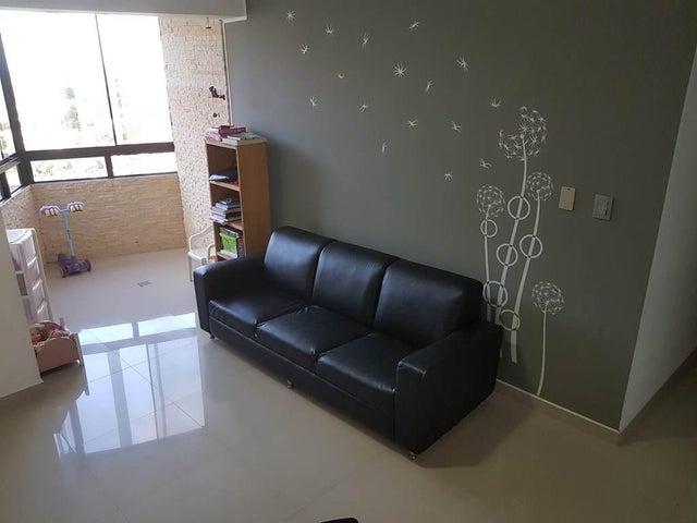 Apartamento Vargas>Parroquia Caraballeda>La Llanada - Venta:85.000 Precio Referencial - codigo: 17-13972