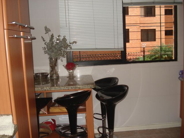 Apartamento Distrito Metropolitano>Caracas>Colinas de La Tahona - Venta:239.302.000.000 Precio Referencial - codigo: 17-14402