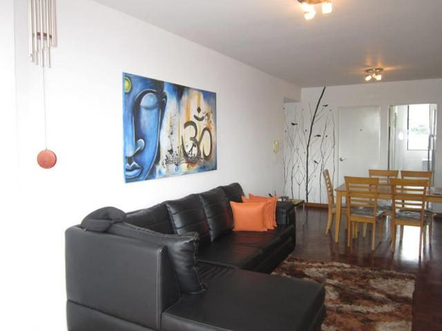 Apartamento Distrito Metropolitano>Caracas>El Marques - Venta:194.860.000.000 Precio Referencial - codigo: 17-14090