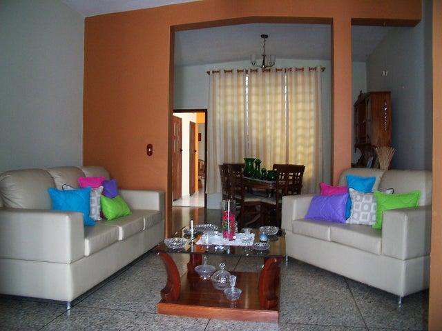 Casa Lara>Barquisimeto>Barisi - Venta:28.198.000.000 Bolivares - codigo: 14-3737