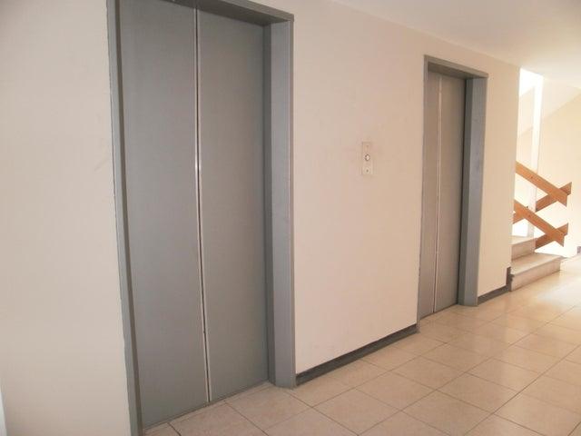 Apartamento Zulia>Maracaibo>Cecilio Acosta - Venta:6.345.000.000 Bolivares Fuertes - codigo: 17-14874