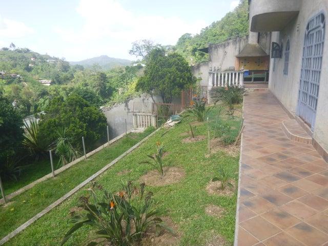 Casa Miranda>San Antonio de los Altos>El Amarillo - Venta:50.000 Precio Referencial - codigo: 17-14413