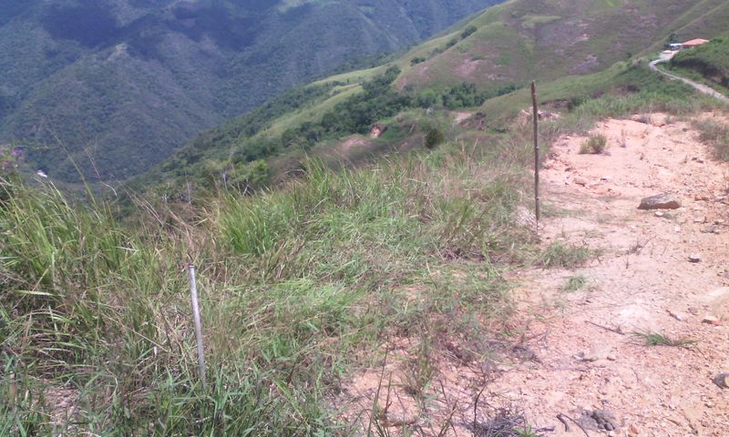 Terreno Distrito Metropolitano>Caracas>Caicaguana - Venta:4.500 US Dollar - codigo: 17-14473