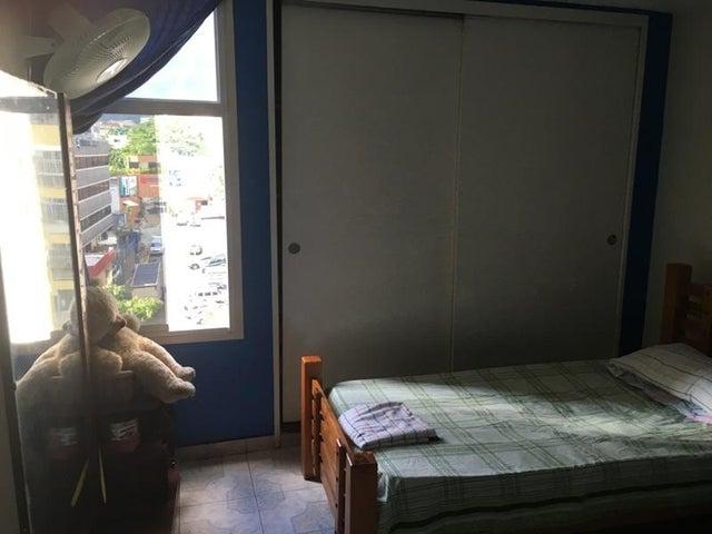 Apartamento Distrito Metropolitano>Caracas>El Marques - Venta:35.174.000.000 Precio Referencial - codigo: 17-14479