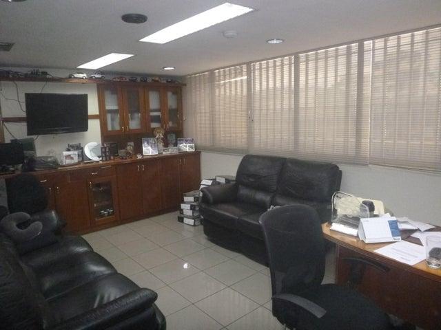 Local Comercial Distrito Metropolitano>Caracas>Las Acacias - Venta:165.000 Precio Referencial - codigo: 17-14502