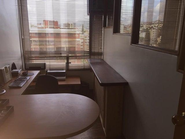 Oficina Distrito Metropolitano>Caracas>Horizonte - Alquiler:200 US Dollar - codigo: 17-14643