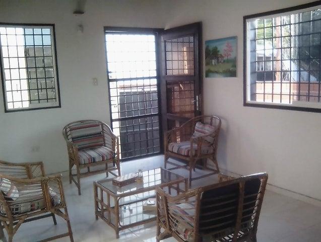 Casa Lara>Barquisimeto>El Manzano - Venta:1.528.000.000 Bolivares - codigo: 17-14742