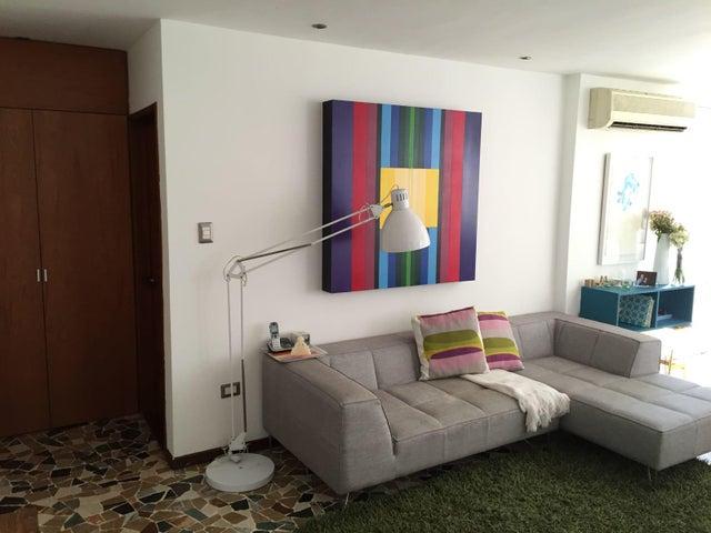 Apartamento Distrito Metropolitano>Caracas>Los Palos Grandes - Alquiler:1.100 US Dollar - codigo: 17-14775