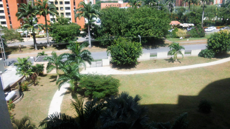 Apartamento Carabobo>Municipio Naguanagua>Palma Real - Venta:24.369.000.000 Precio Referencial - codigo: 17-14853