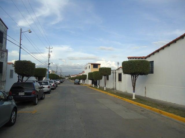 Casa Lara>Cabudare>Parroquia Cabudare - Venta:6.580.000.000 Bolivares - codigo: 17-14790