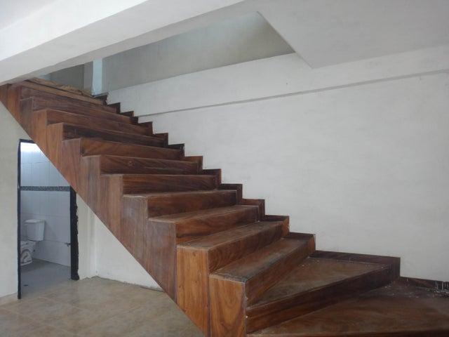 Casa Lara>Cabudare>Parroquia Cabudare - Venta:6.790.000.000 Bolivares - codigo: 17-14815