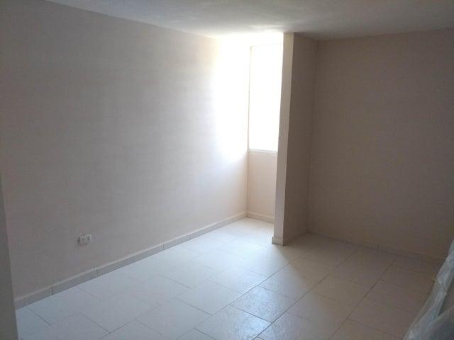 Apartamento Miranda>Charallave>Mata Linda - Venta:8.793.000.000 Precio Referencial - codigo: 16-12652