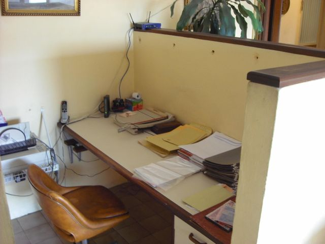 Oficina Distrito Metropolitano>Caracas>La Candelaria - Venta:118.149.000.000 Precio Referencial - codigo: 17-14923