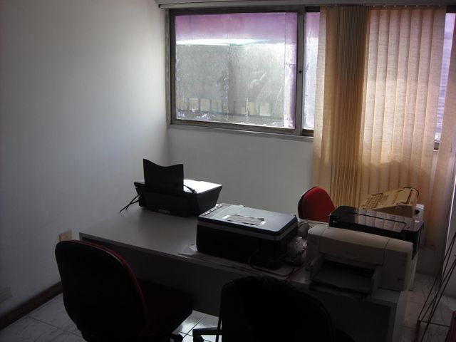 Oficina Distrito Metropolitano>Caracas>La Candelaria - Venta:25.000 US Dollar - codigo: 17-14923