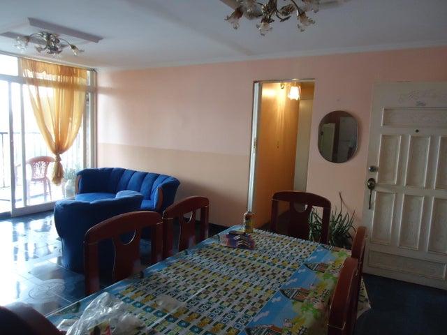 Apartamento Zulia>Maracaibo>Padilla - Venta:23.736.000.000 Precio Referencial - codigo: 17-14887