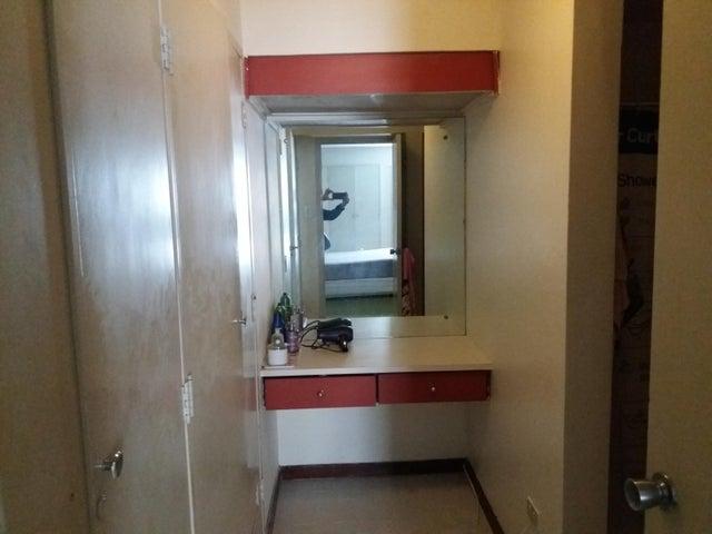 Apartamento Distrito Metropolitano>Caracas>Prados del Este - Venta:60.000 Precio Referencial - codigo: 17-14983