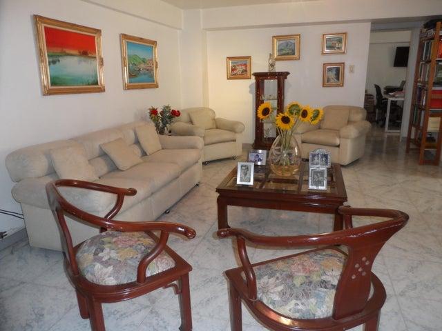 Apartamento Distrito Metropolitano>Caracas>Santa Fe Norte - Venta:120.000 Precio Referencial - codigo: 17-14977