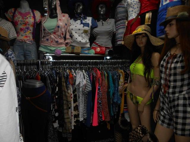 Local Comercial Miranda>Guatire>Guatire - Alquiler:50 US Dollar - codigo: 17-15226