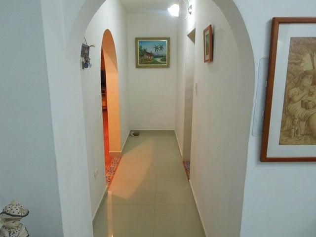 Casa Anzoategui>El Tigre>Sector Avenida Jesus Subero - Venta:70.000 US Dollar - codigo: 17-15219