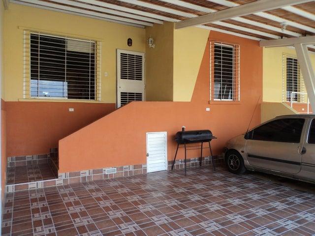 Casa Lara>Cabudare>El Amanecer - Venta:4.154.000.000 Bolivares - codigo: 17-15318