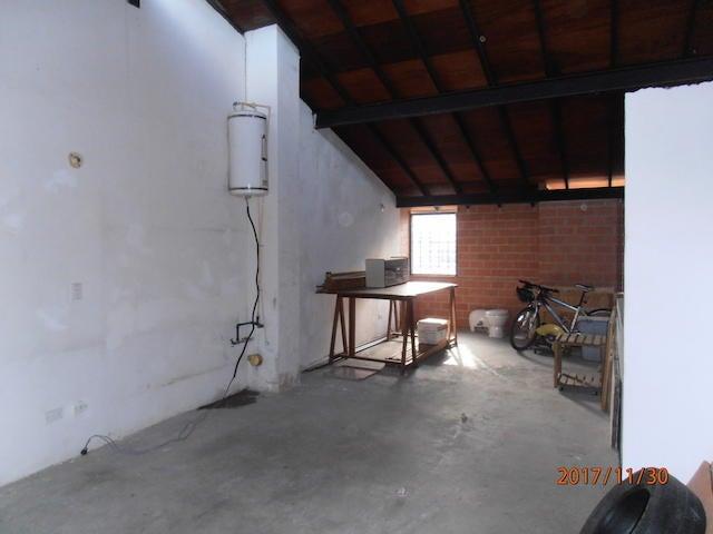 Townhouse Miranda>Guarenas>Nueva Casarapa - Venta:21.392.000.000 Precio Referencial - codigo: 17-15446