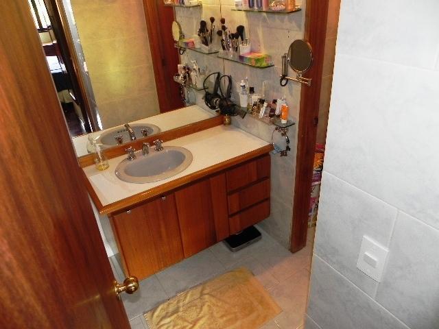 Apartamento Distrito Metropolitano>Caracas>Campo Alegre - Venta:127.912.000 Precio Referencial - codigo: 17-15429