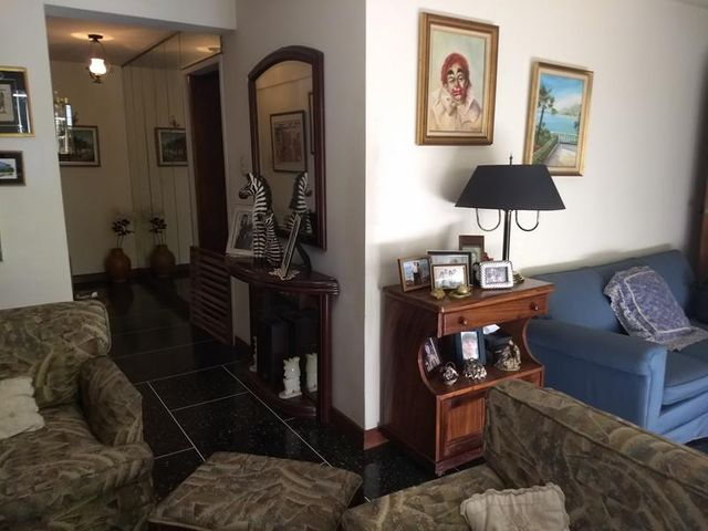 Apartamento Distrito Metropolitano>Caracas>Colinas de Los Ruices - Venta:434.380.000.000 Precio Referencial - codigo: 17-15372