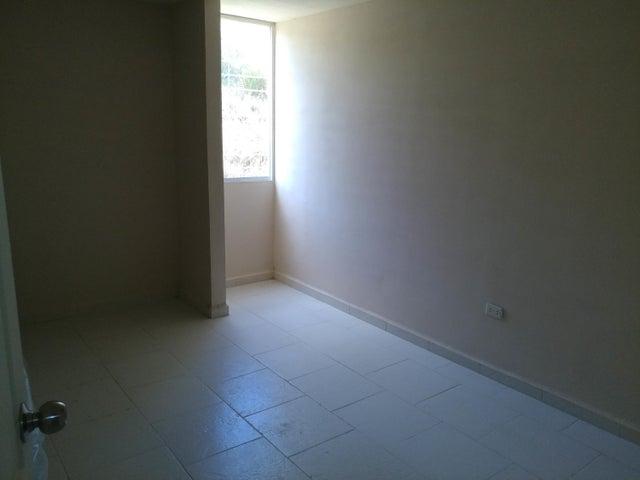 Apartamento Miranda>Charallave>Mata Linda - Venta:7.500 US Dollar - codigo: 17-6168