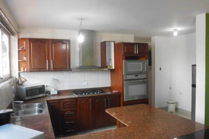 Casa Lara>Barquisimeto>Colinas De Santa Rosa - Venta:128.352.000.000 Precio Referencial - codigo: 17-15432