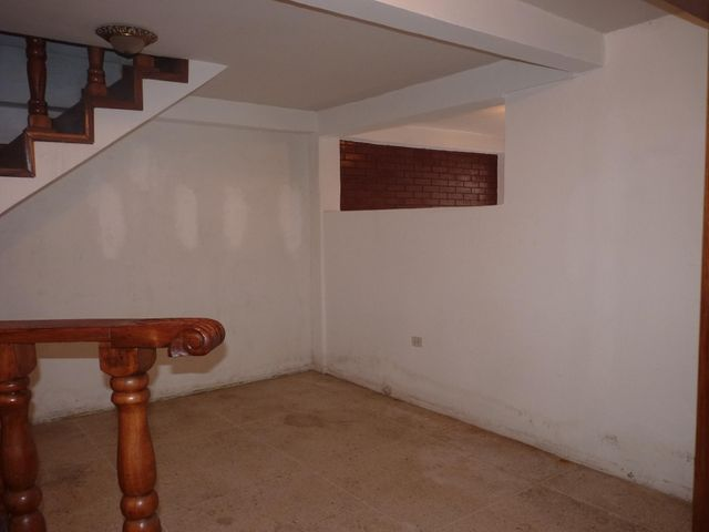 Casa Aragua>Turmero>La Mantuana - Venta:70.889.000.000 Precio Referencial - codigo: 17-15434