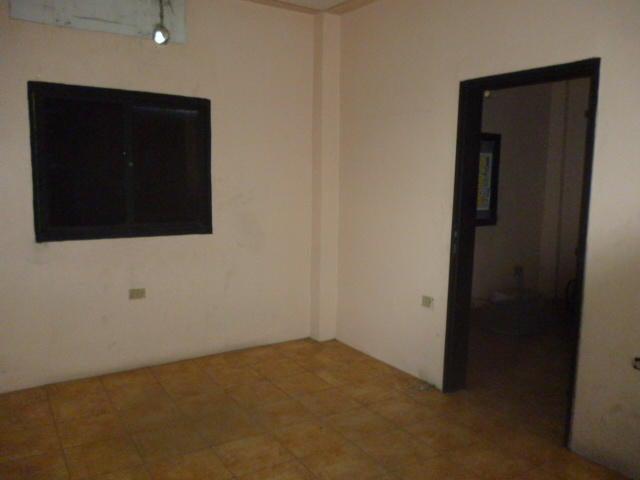 Local Comercial Lara>Barquisimeto>Parroquia Concepcion - Venta:1.890.376.000.000  - codigo: 17-15436