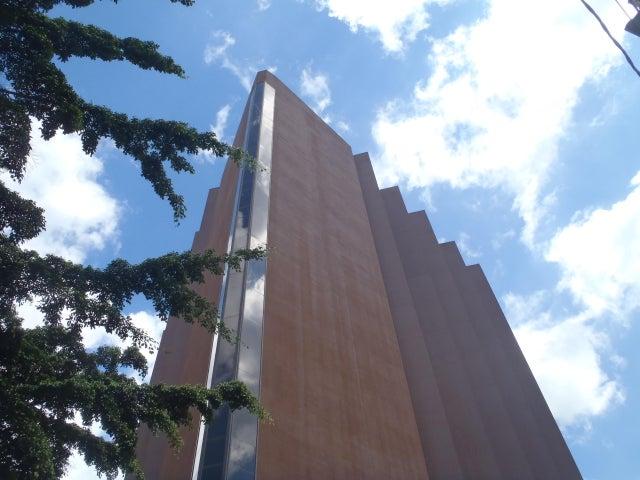 Local Comercial Distrito Metropolitano>Caracas>Los Dos Caminos - Venta:415.375.000.000 Bolivares - codigo: 17-15483