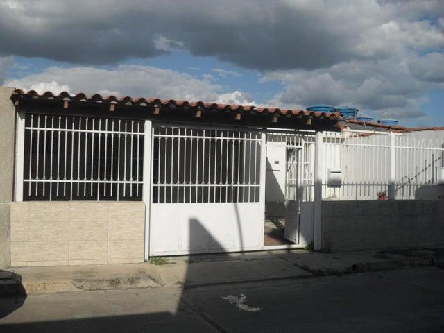 Casa Aragua>Turmero>La Fuente - Venta:3.000.000.000 Bolivares - codigo: 17-15487