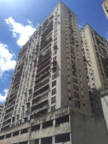 Apartamento Distrito Metropolitano>Caracas>Parroquia La Candelaria - Venta:14.662.000.000 Bolivares Fuertes - codigo: 17-15424