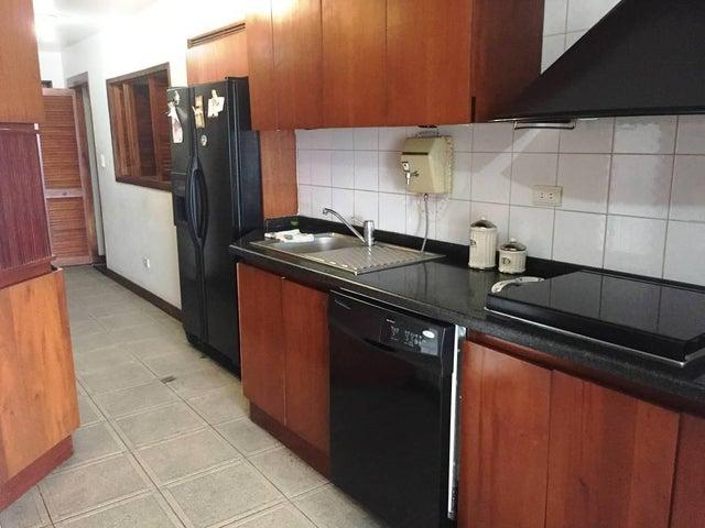 Apartamento Distrito Metropolitano>Caracas>Alto Prado - Venta:180.000 US Dollar - codigo: 17-15754