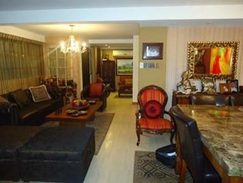 Casa Distrito Metropolitano>Caracas>Los Chorros - Venta:290.000 Precio Referencial - codigo: 17-15861