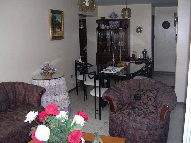 Apartamento Distrito Metropolitano>Caracas>El Marques - Venta:47.500 US Dollar - codigo: 17-15879