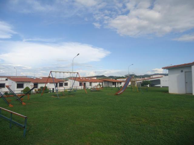 Casa Lara>Cabudare>La Piedad Norte - Venta:19.346.000.000 Precio Referencial - codigo: 18-24