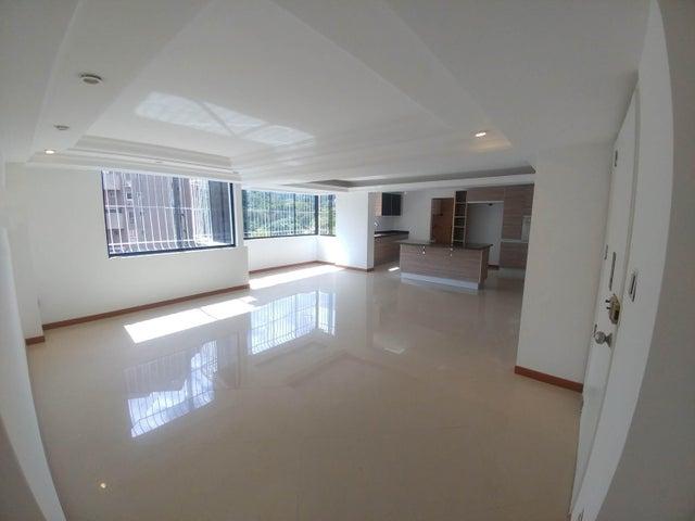 Apartamento Distrito Metropolitano>Caracas>Prados del Este - Venta:16.261.000 Precio Referencial - codigo: 18-203