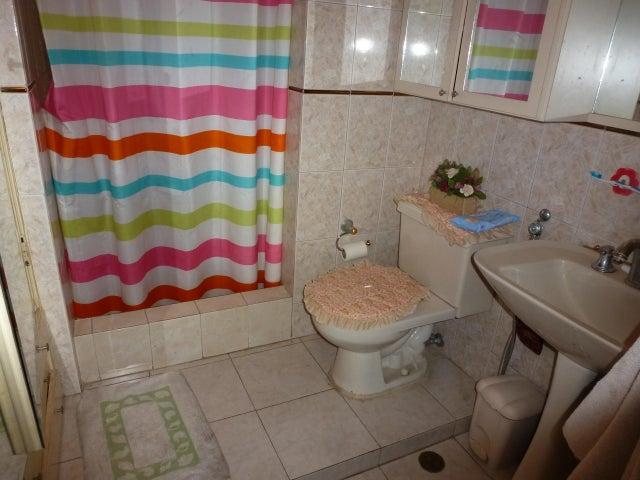 Apartamento Distrito Metropolitano>Caracas>El Paraiso - Venta:43.891.000 Precio Referencial - codigo: 18-83