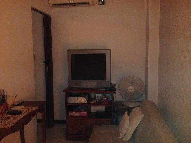 Apartamento Zulia>Maracaibo>Valle Frio - Venta:6.612.000 Precio Referencial - codigo: 18-90