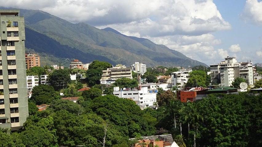 Apartamento Distrito Metropolitano>Caracas>La Florida - Venta:5.442.000 Precio Referencial - codigo: 18-120