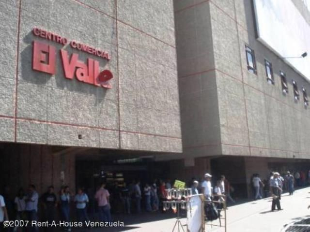 Local Comercial Distrito Metropolitano>Caracas>El Valle - Venta:2.721.000 Precio Referencial - codigo: 18-125